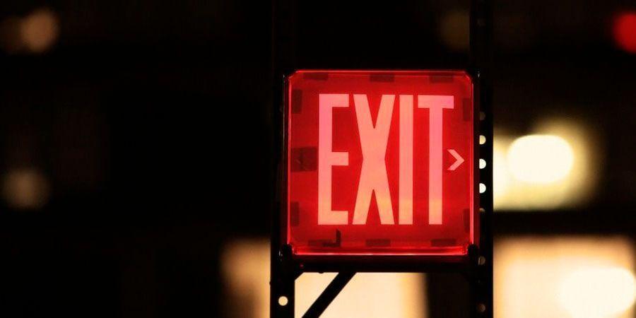 La importancia de las luces de emergencia