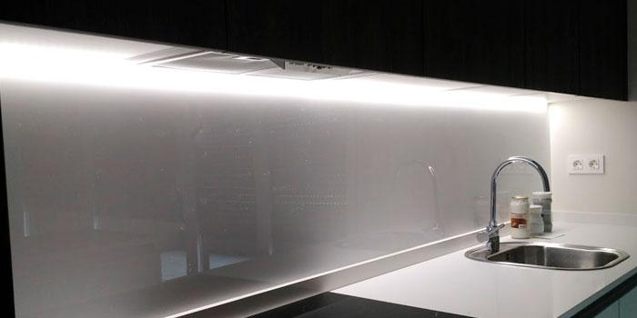 Ilumina tu cocina con tiras led