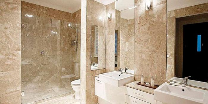Trucos para iluminar tu baño